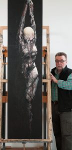 Bernard Canévet dans son atelier à Quimper